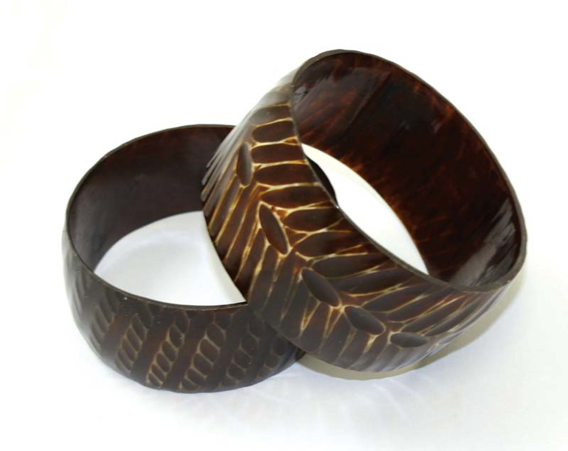 Picture of Cow Horn Bracelet: Assorted Over-Sized
