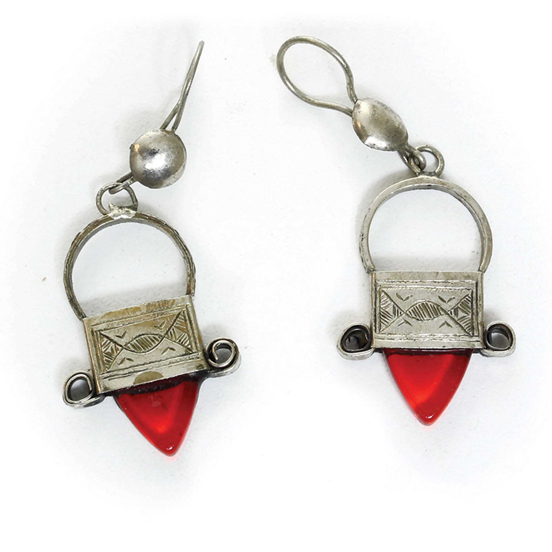Picture of Tuareg Silver Earrings - Red Jewel