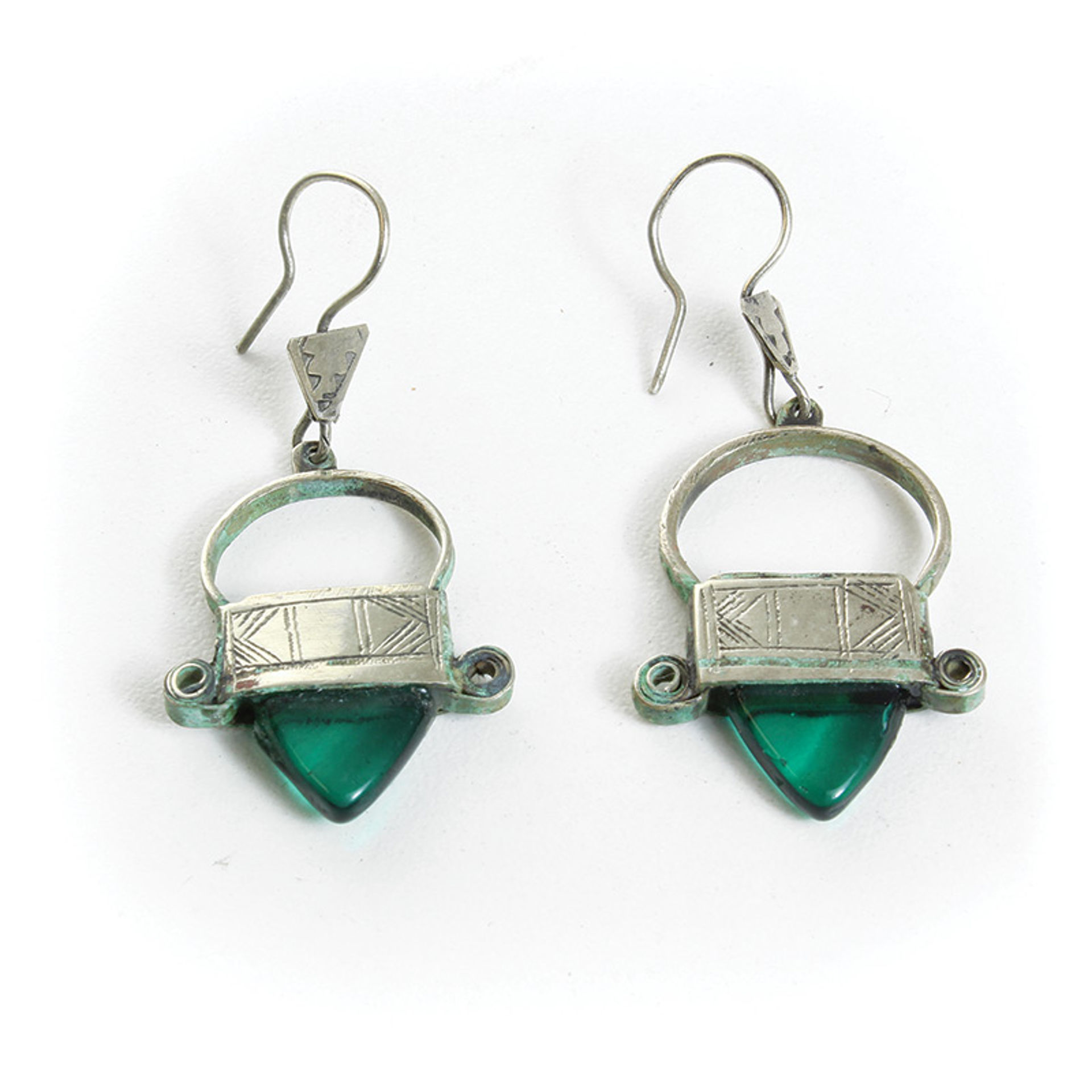 Picture of Tuareg Silver Earrings - Green Jewel