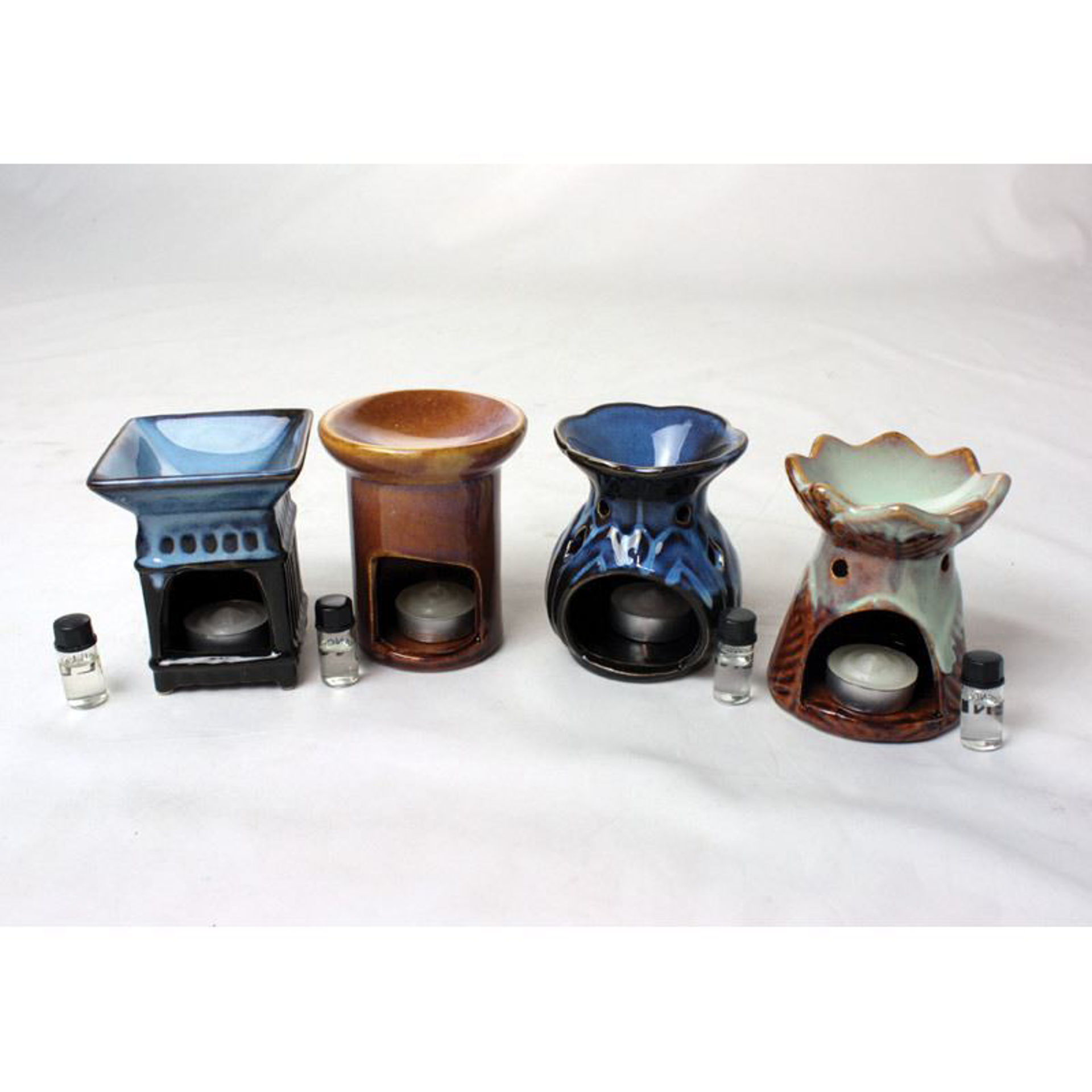Picture of Porcelain Oil Burner - Assorted