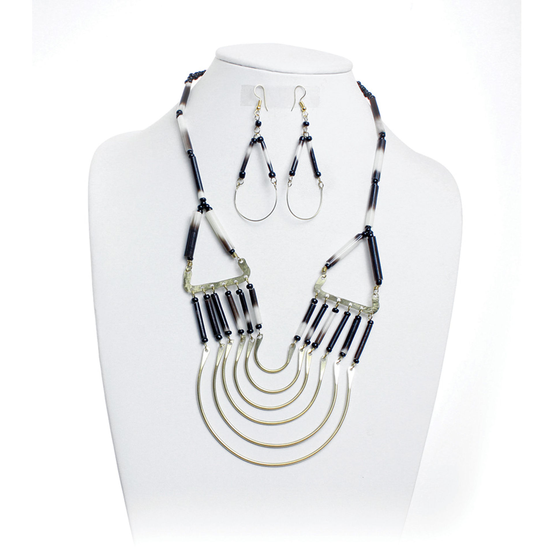 Picture of Porcupine Quill Necklace & Earrings