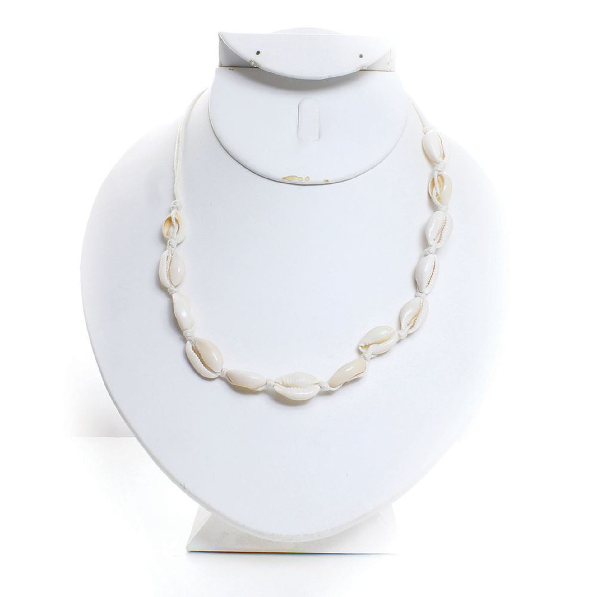 Picture of Boho Cowrie Shell Choker/Necklace