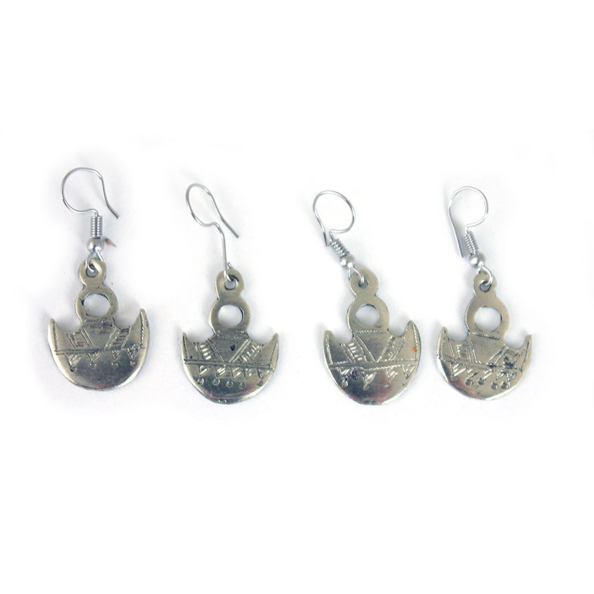 Picture of Rustic Shield Of Gofed Earrings: 2 Pairs