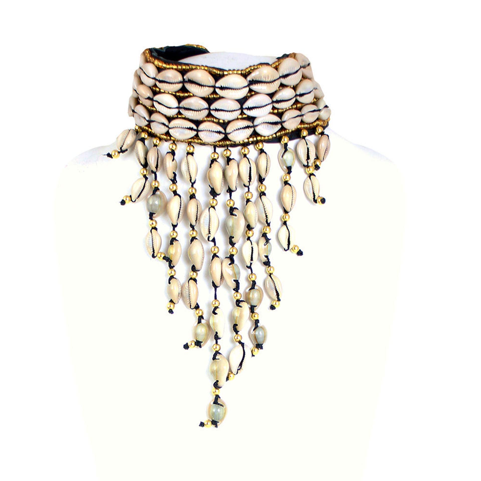 Picture of Golden-Row Cowrie Shell Choker