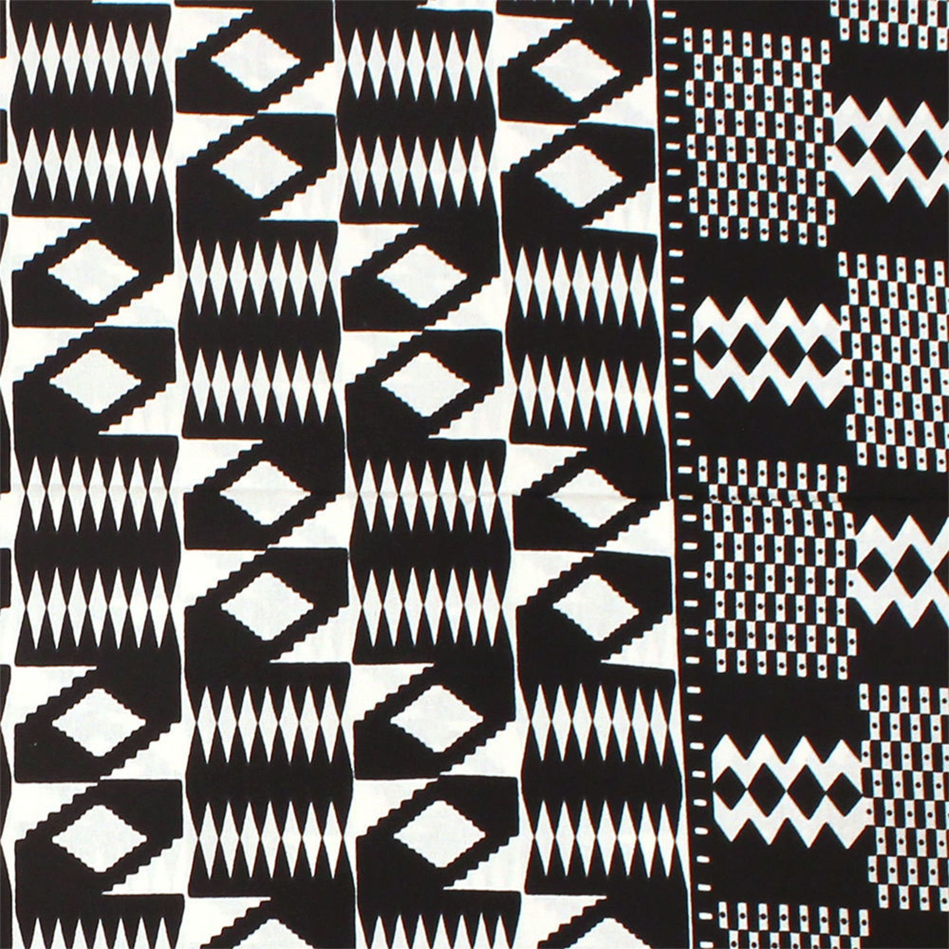 Picture of Black & White Mud Print Fabric